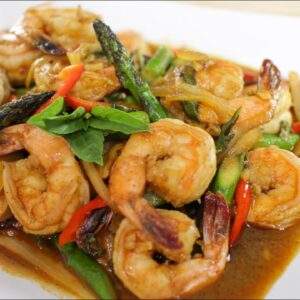 Shrimp & Chili Paste Stir-Fry Recipe กุ้งผัดนำ้พริกเผา - Hot Thai Kitchen