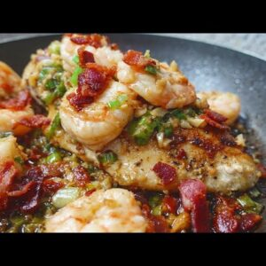 EASY Bacon Garlic Shrimp | Shrimp Chicken Skillet | Garlic Shrimp Recipe